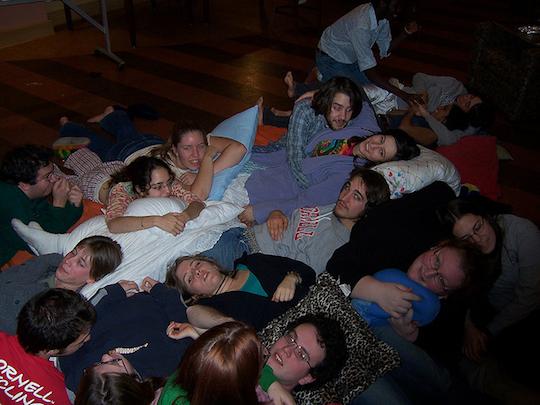 Fiesta de abrazos Cuddle Party
