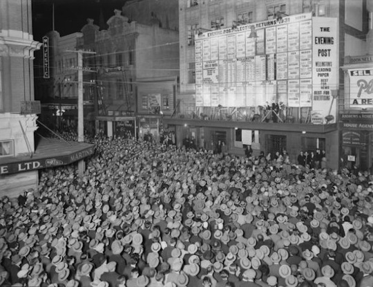 Crowd_in_Willis_Street,_Wellington,_awaiting_the_results_of_the_1931_general_election