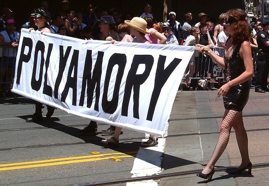 Polyamory_pride_in_San_Francisco_2004