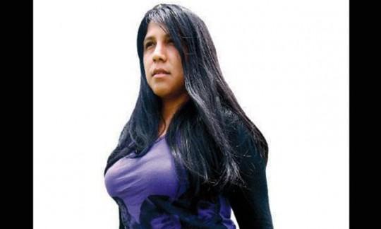 http://archivo.larepublica.pe/17-05-2013/periodista-gabriela-wiener-quiero-salir-del-closet-una-vez-mas