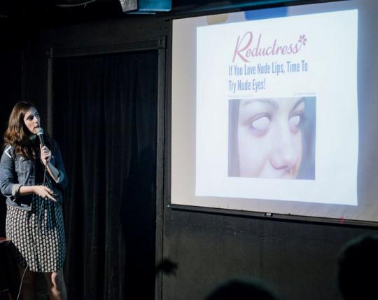 Nicole Silverberg en una presentación pública