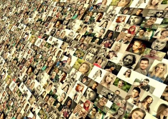 photo_montage_faces_photo_album_world_population_media_system_network-918265.jpg!d