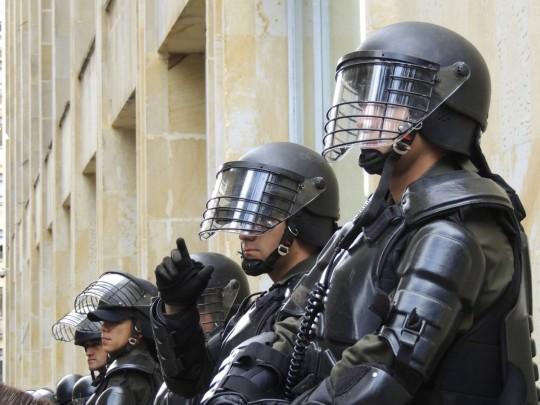 police_bogota_riot_swat_special_forces-984829.jpg!d