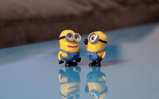 minions_talking_smile_conversation_happy_communication_cute_despicable_me-1100997.jpg!d