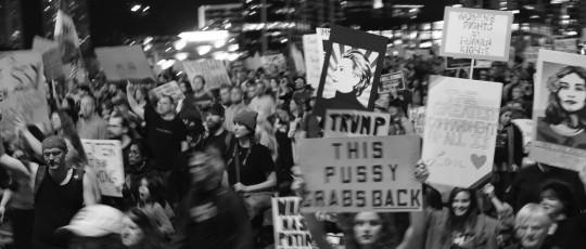 protest photo-1388270
