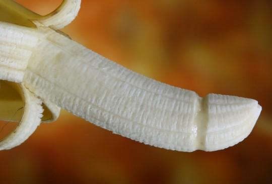 banana_breakfast_colorful_condom_defend_disease_erotic_food-1048433.jpg!d