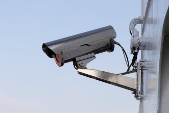 camera_security_monitoring_big_brother_control_surveillance_camera_video_surveillance_supervision-491100.jpg!d