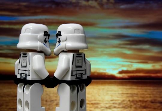 romance_relationship_love_lego_stormtrooper_together_couple_friend-1197982.jpg!d